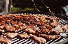 Gezellig buiten barbecueën